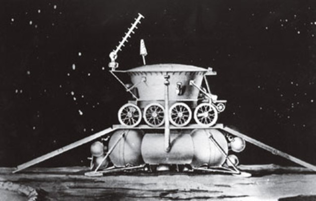 January 14, 2005: First Landing on Other World's Moon