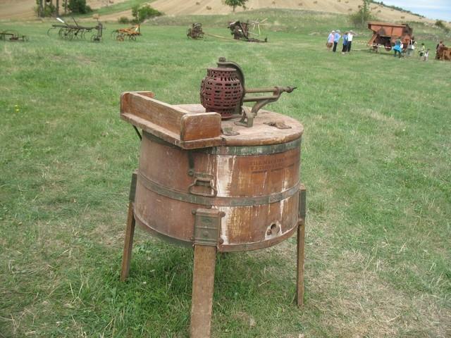 premières machines à laver mécaniques,