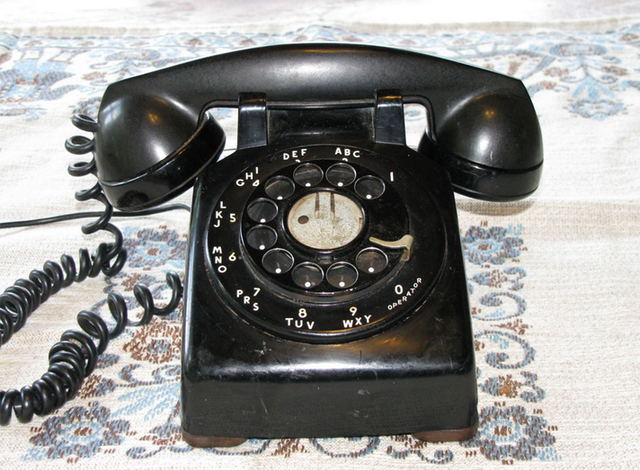 Model 5302 - Henry Drefuss