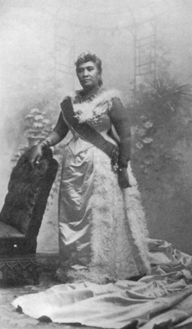 Queen Liliuokalani takes the throne of Hawaii