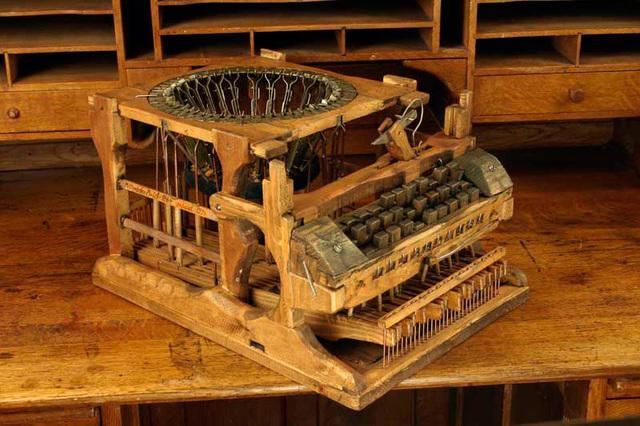 Maquina de escribir de Peter Mitterhofer