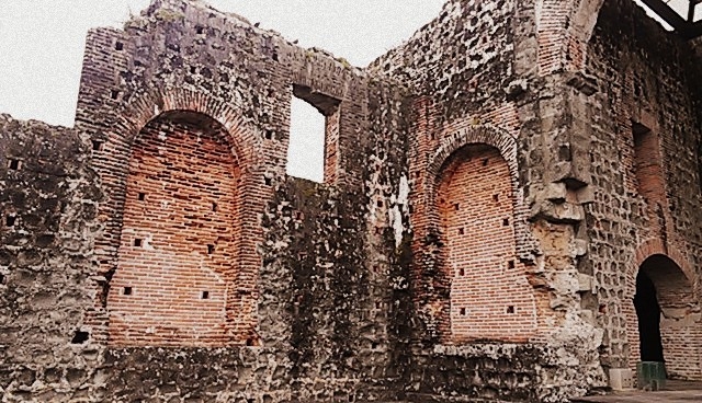 Ruin of Panama City