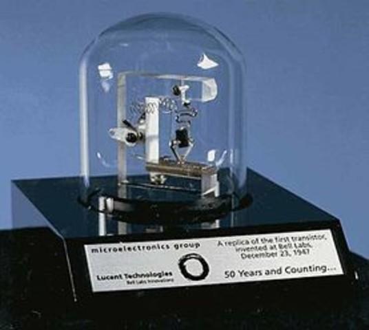 Desarrollan el primer transistor en los laboratorios de Bell.