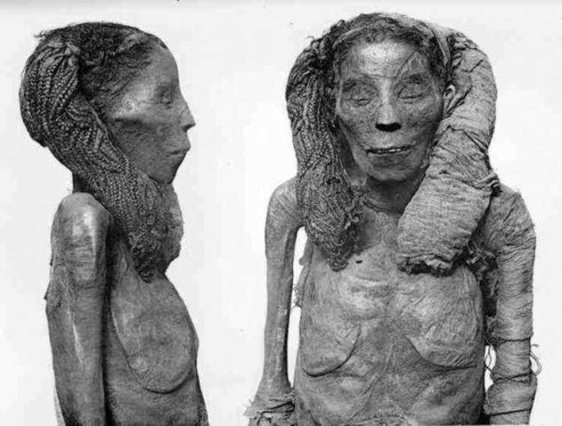 Death of Nefertari.