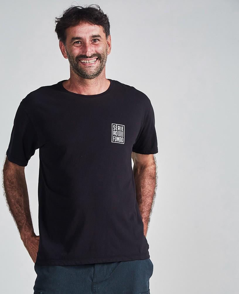Camiseta Unissex Série ao Fundo - Preto e Branco