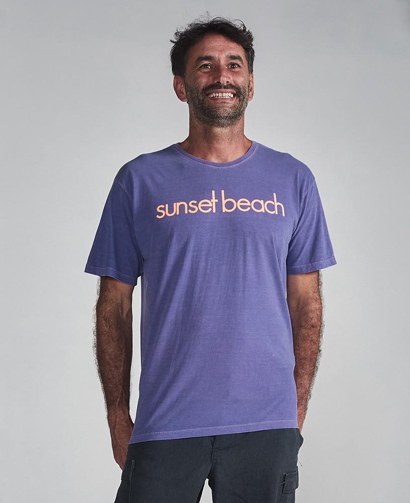 Camiseta Unissex Sunset Beach - Roxo e Laranja