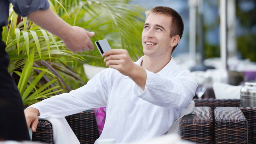 waiter-credit-card