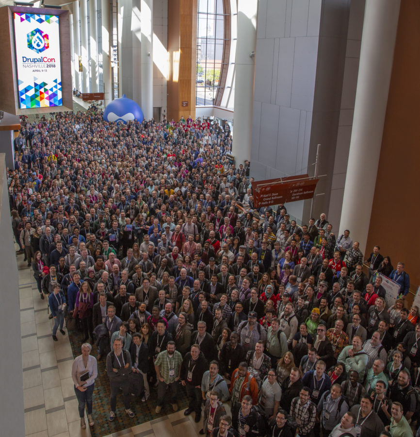 DrupalCon 2018 attendees group photo
