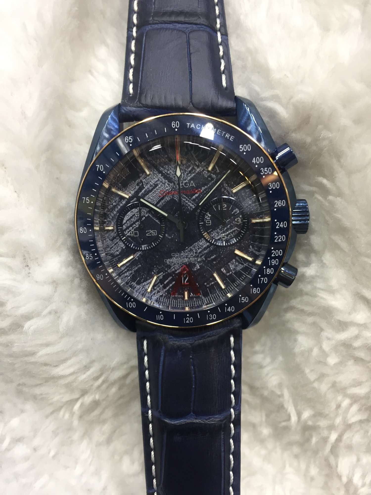 OMEGA COURO TOP