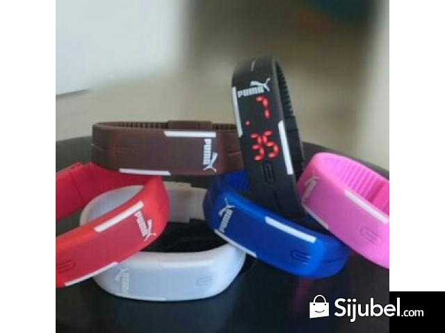 NEW YEAR SALE Jam Led Magnet Sporty ECER GROSIR PARTAI Top - 1/1