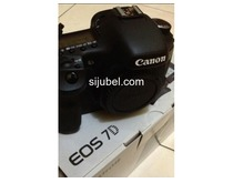 Canon Eos 7D Kit 18-55mm