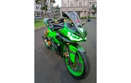 Di Jual Yamaha R15 - tahun 2015 - Full Modifikasi