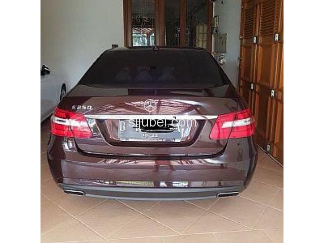 Jual Mercedes Benz E250 1.8 CGI Matic 2012 - 3/4