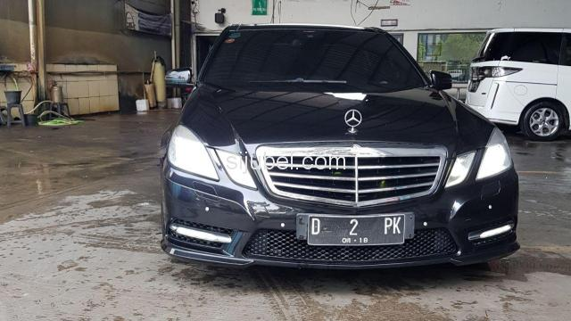 Dijual Mercy E300 Avantgarde AMG 2013 Black on Brown - 1/9
