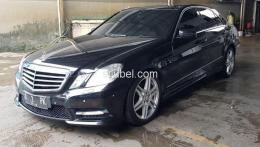 Dijual Mercy E300 Avantgarde AMG 2013 Black on Brown