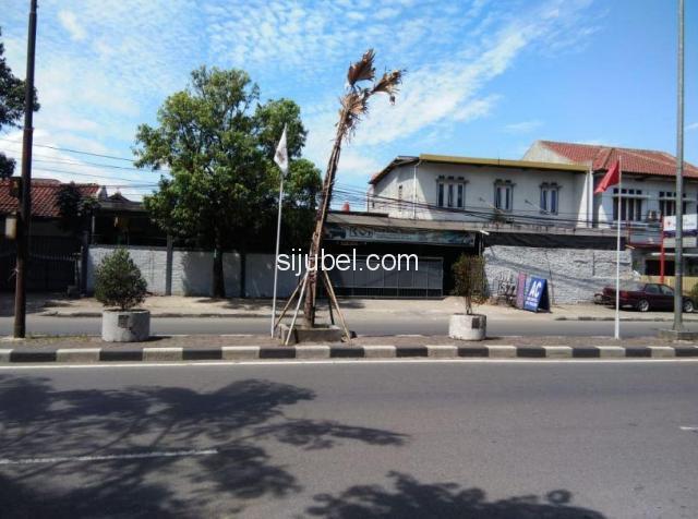 Dijual Tanah dan Bangunan Strategis Pinggir Jalan Utama Buah Batu Bandung - 1/10
