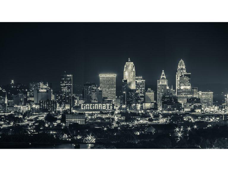 Cincinnati Skyline BW WEB