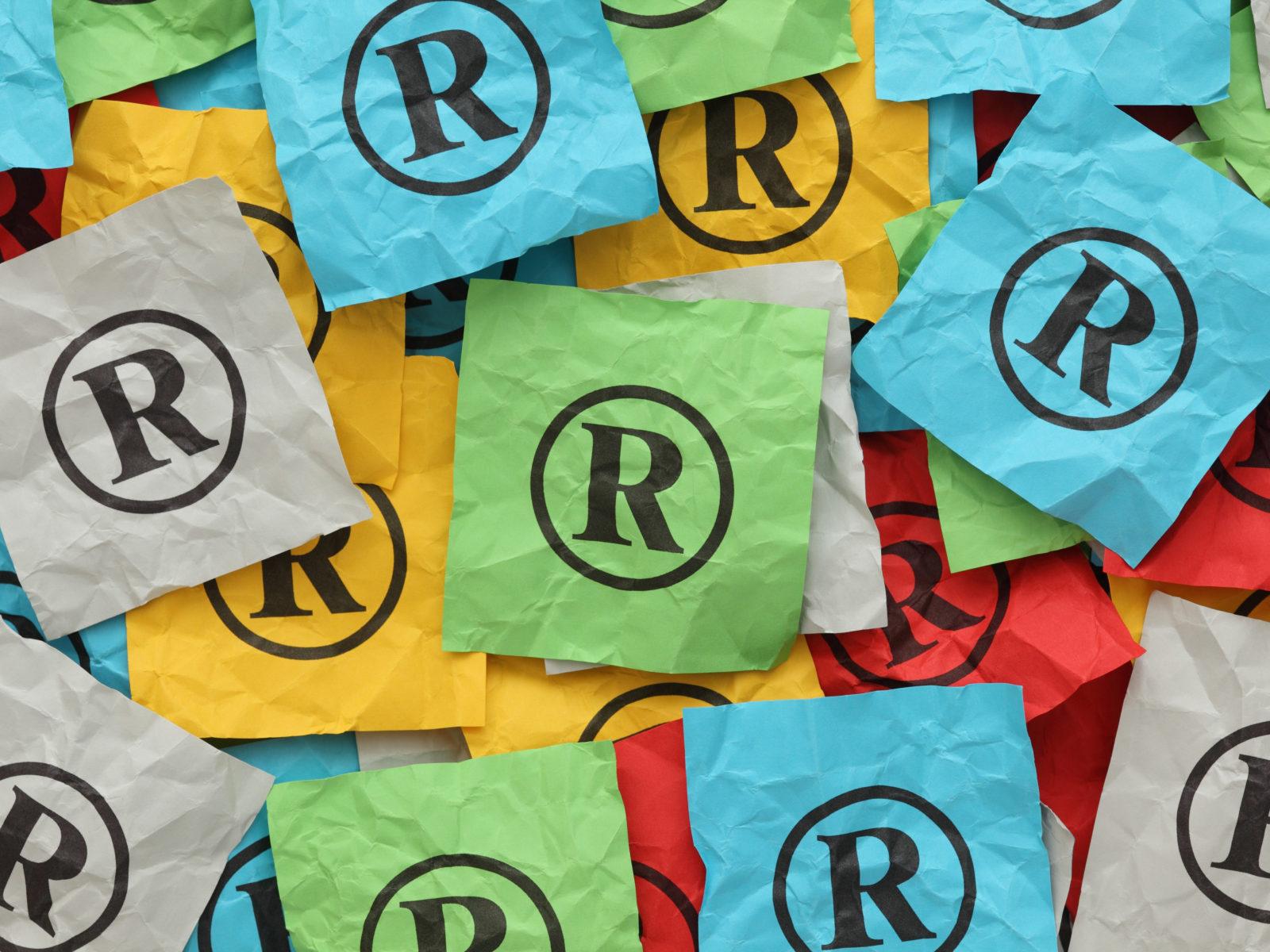 Registeredsymboloncoloredpaper