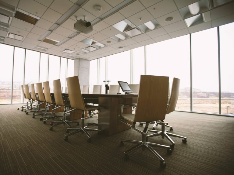 Boardroom Benjamin Child 17946 Unsplash