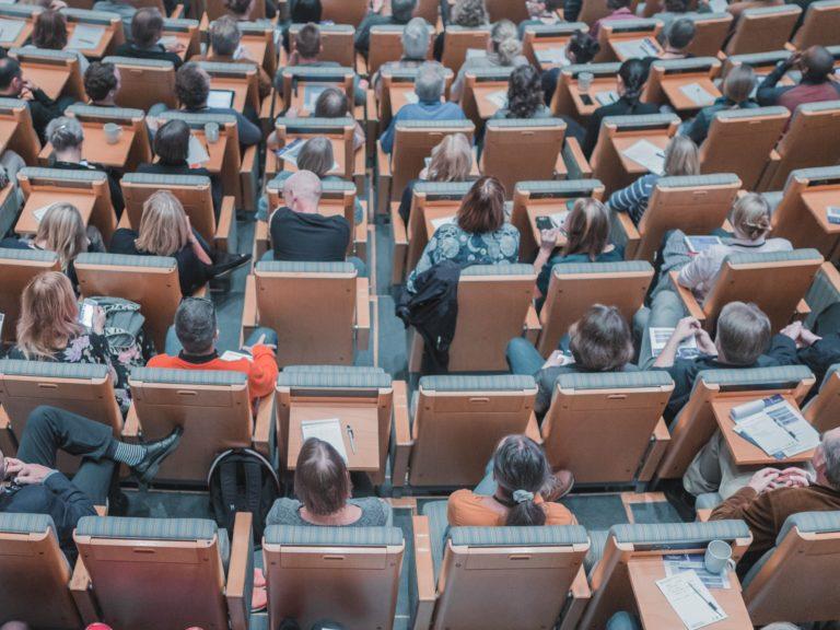 Presentation Mikael Kristenson 242070 Unsplash
