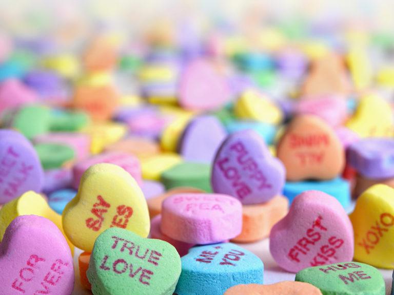Valentine Candy laura ockel z AO Bp EE v V4 unsplash WEB