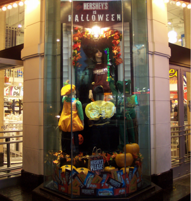 10 30 14 Blog Hersheys Is Halloween Original