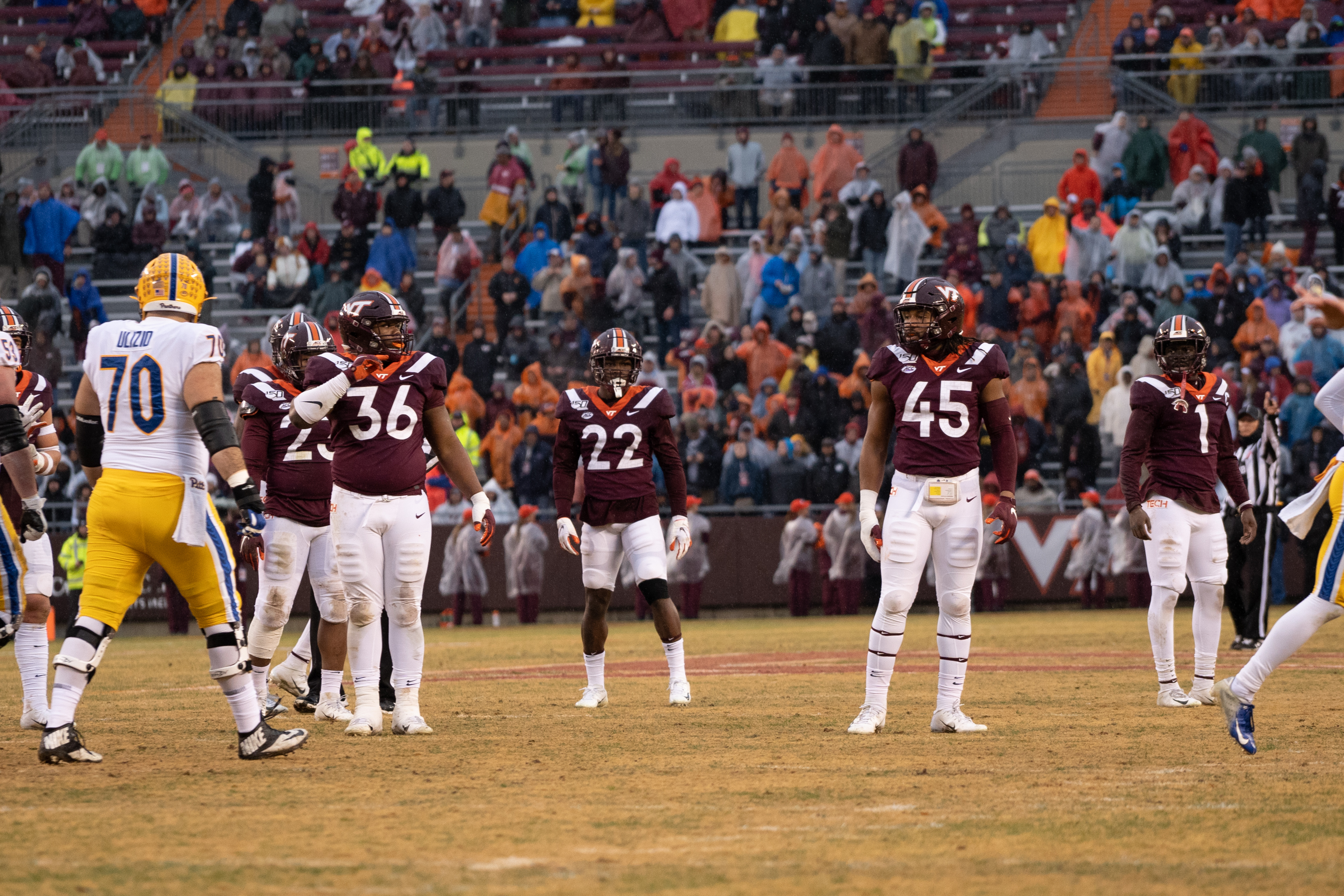 Ranking The Top Candidates to Replace Caleb Farley for Virginia Tech