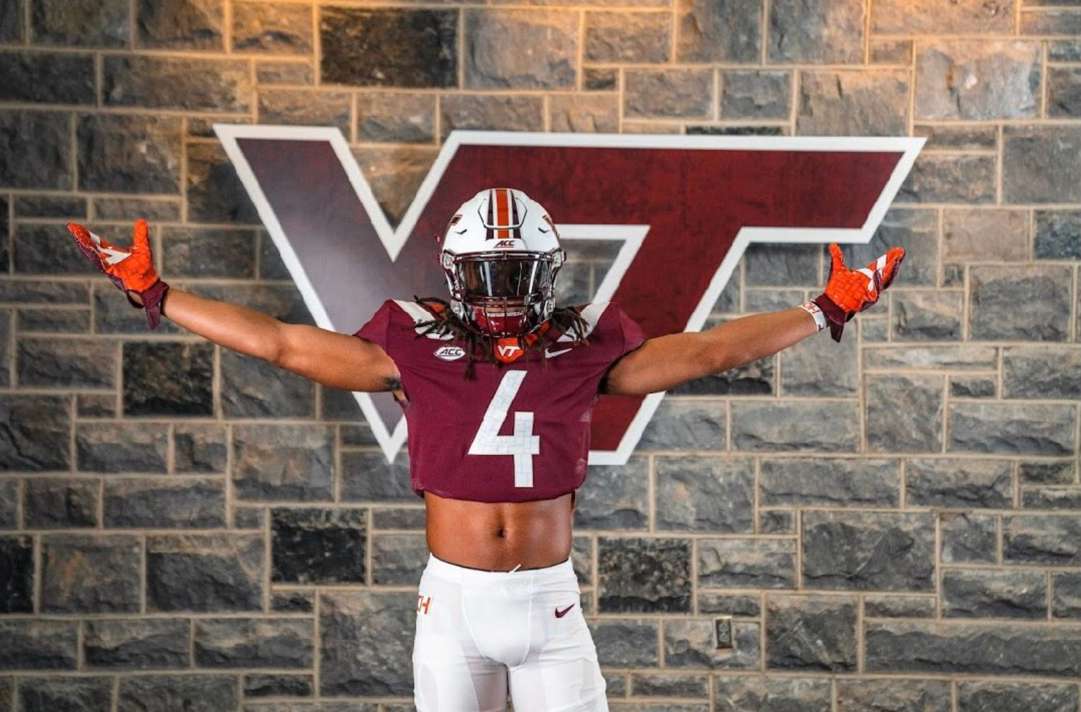 Three-Star DB Jalen Stroman Commits to Virginia Tech