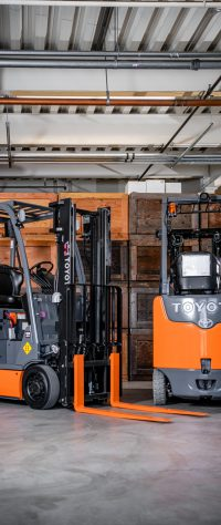 2 Toyota forklifts on display