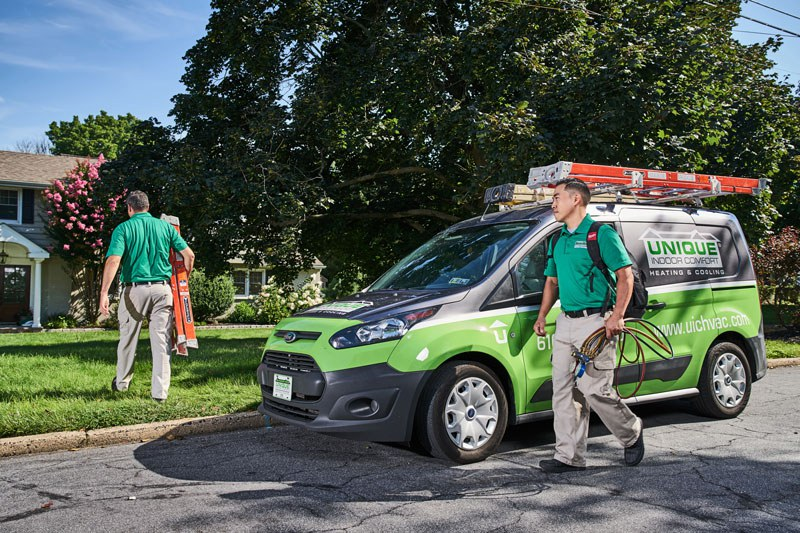 UIC team performing AC Service in Philadelphia home
