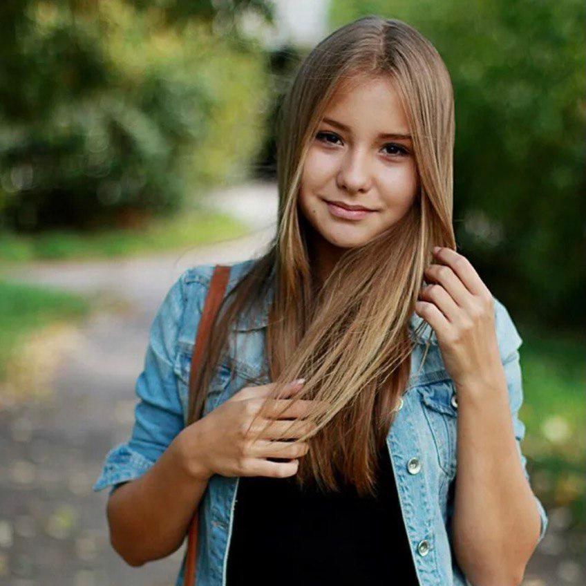 <p>Ангелина</p>, <p>Ученик, 19 лет</p>