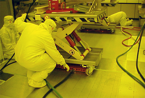 cleanroom_Rigging