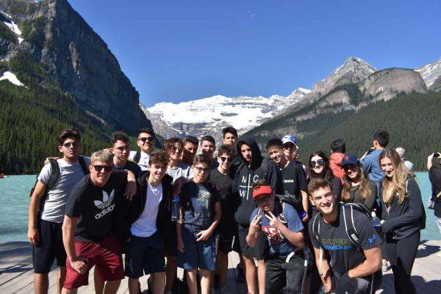 High School Programs in the USA - Travel For Teens