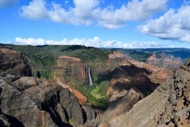 Students enjoy views of a canyon in Hawaii on their summer teen travel program.