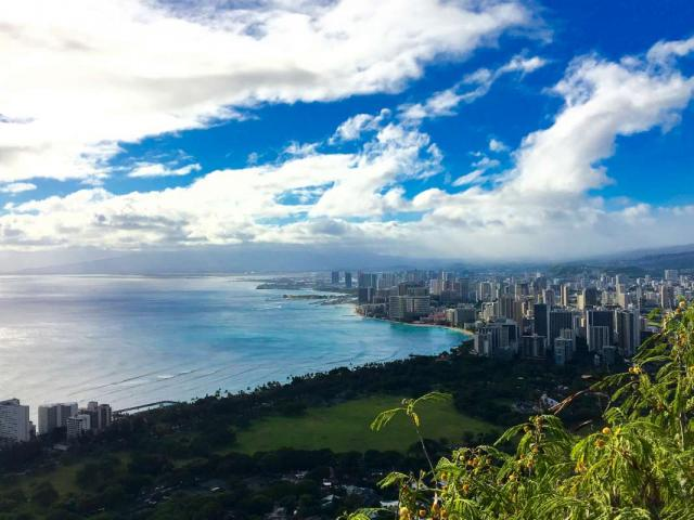 Students take in the views on summer teen travel tour of Hawaii.