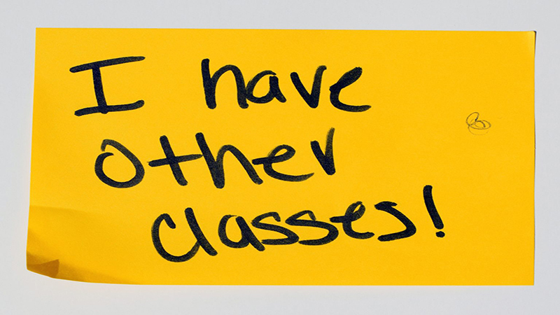 "A note that says ""I have other classes""."