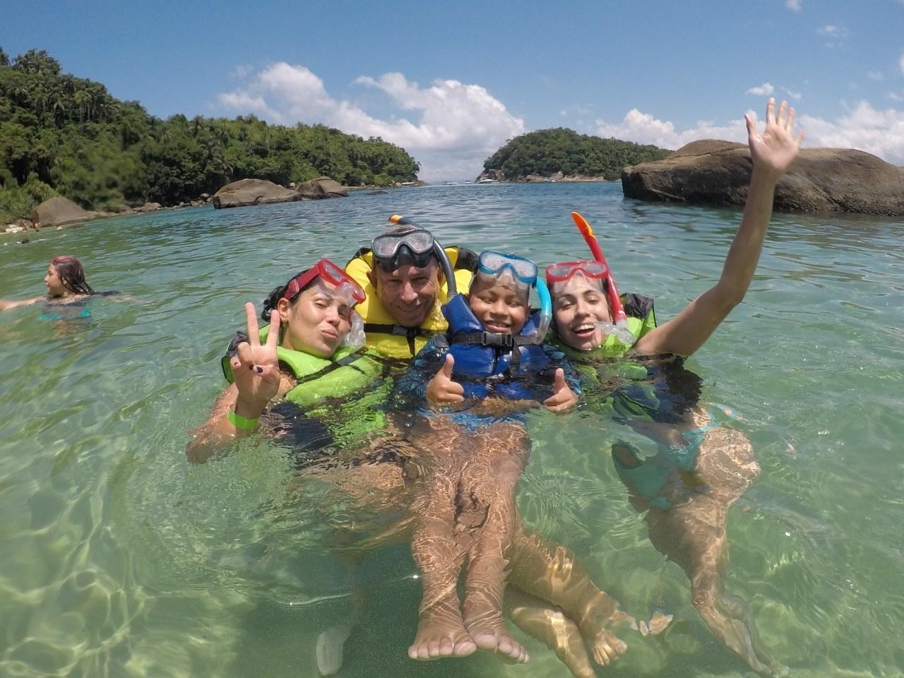 Mergulho de Flutuação para 4 pessoas na Ilha das Couves, Ubatuba-SP