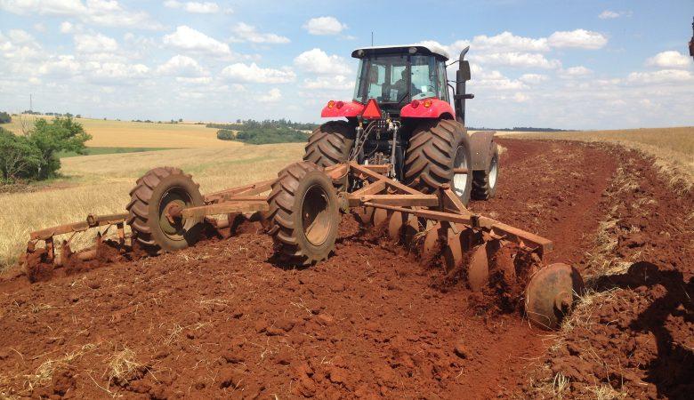 Manutenção de máquinas agrícolas: 5 práticas que você deve ficar atento