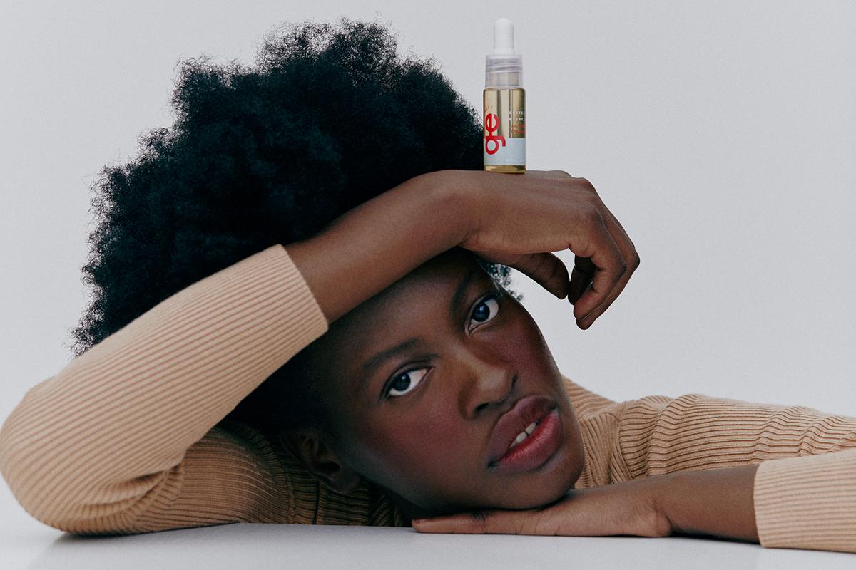 Por que proteger o cabelo do sol e da poluição?