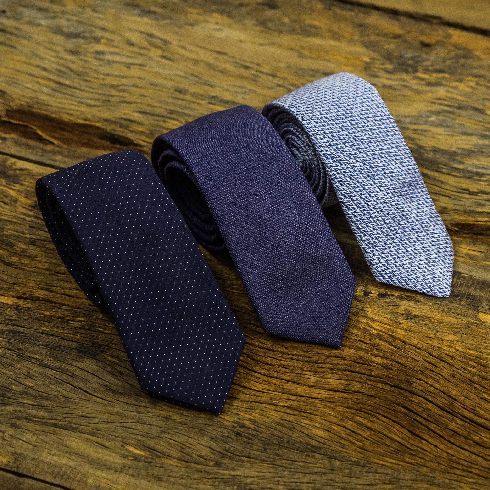 Gravata slim azul