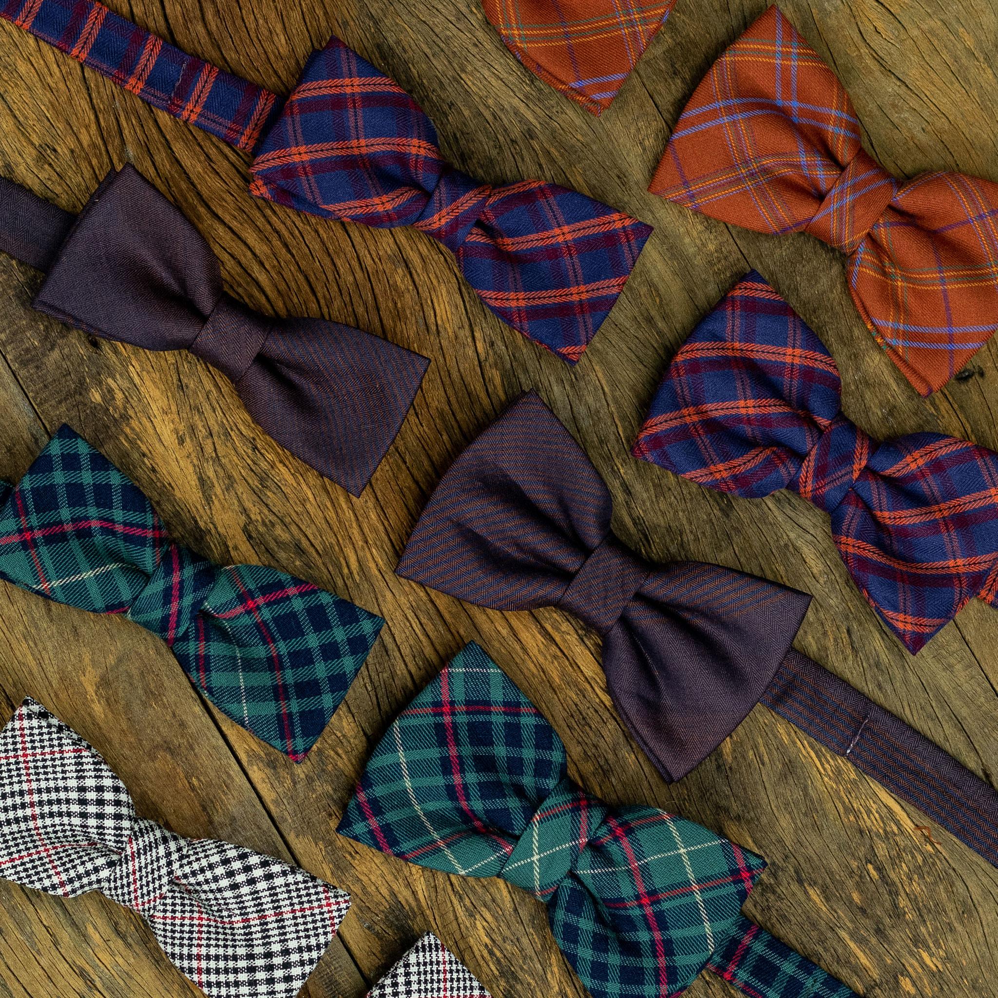 Gravata borboleta slim e gravata borboleta regular