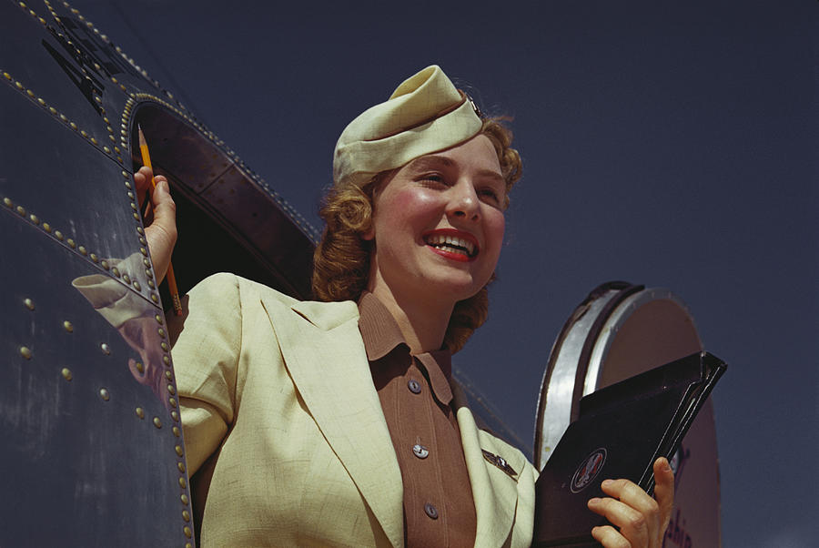 A história do uniforme das Aeromoças
