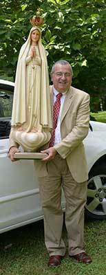 Mr Jose Ferraz with the Statue of Our Lady of Fatima