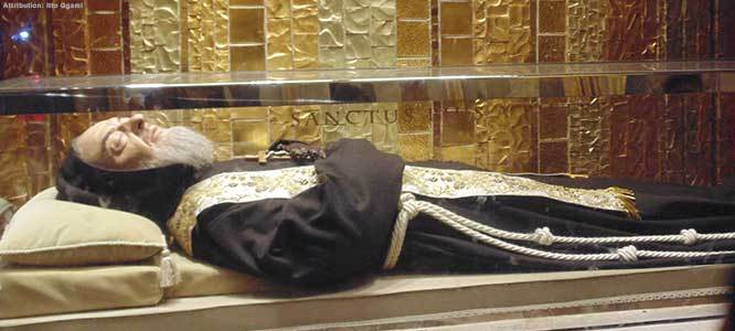 Intentions to Padre Pio 2018 - Tomb