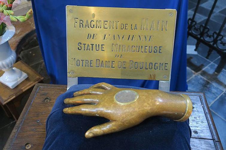 Hand-shaped reliquary
