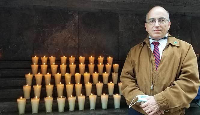 48 Votive Candle Lit