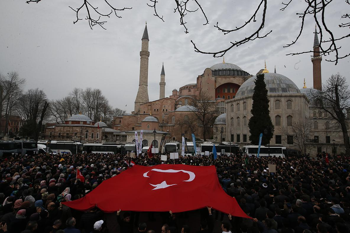 Demonstrators at the Hagia Sofia in Istanbul on March 16