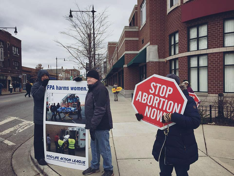 Pro-Life Action League sidewalk protesters in Chicago