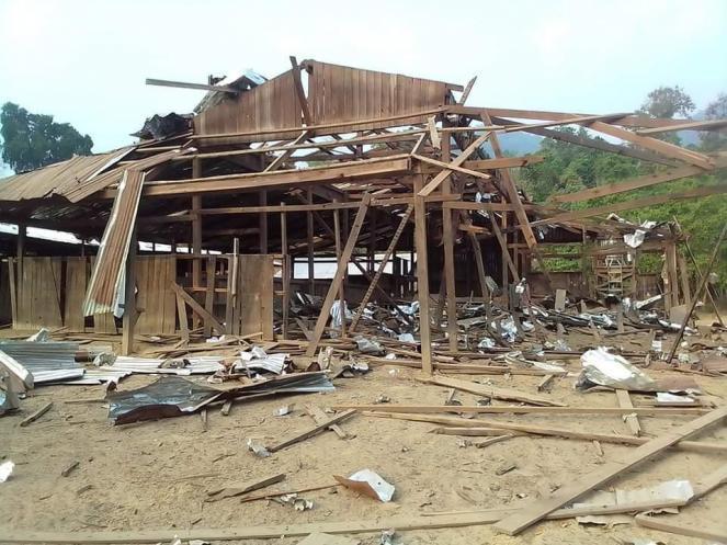 A military airstrike destroyed Daw Koo Hta high school in Dwelo Township, Papun District.