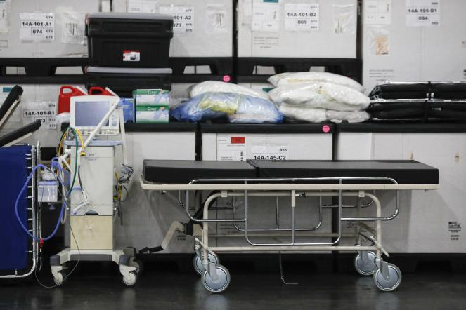 Medical supplies and a stretcher displayed before a news conference at the Jacob Javits Center in New York.